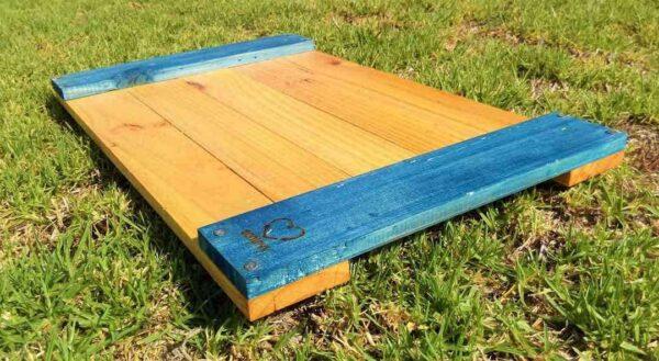 bandeja de madera reciclada de ec贸lovy muebles auxiliares