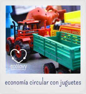 Muchos artículos son usados para reciclar juguetes