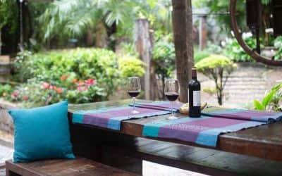 Decoración de jardines con madera reciclada: la envidia de tus vecinos ;)