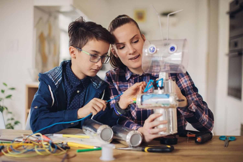 Reciclar juguetes con hijos